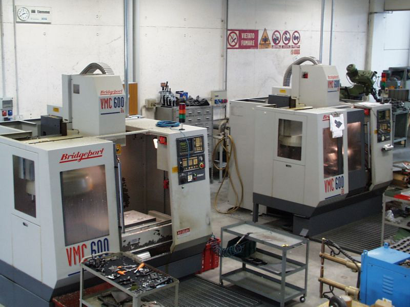 Bridgeport milling center for 3-axis VMC 600 - 3-axis milling